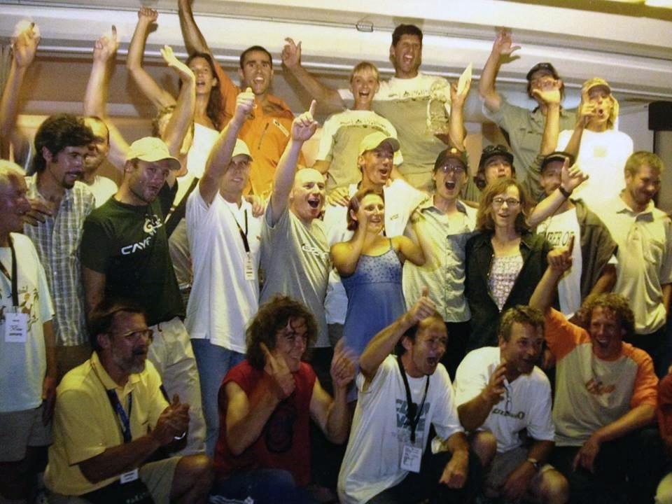 WOOOHOOO! Geschafft – die Teams in Extase!
