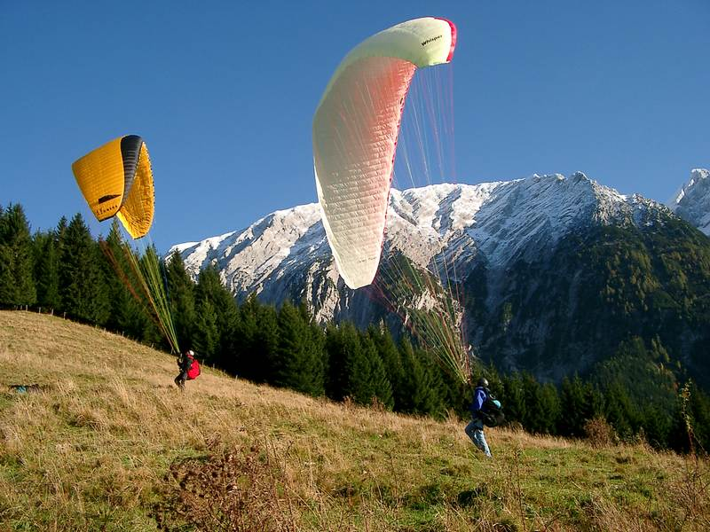 08.10.02: Soaring am Kulm