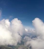 16: 'Herr der Schwingen – die zwei Türme' – Berni sucht sich seinen Weg durch's Blaue