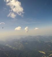 10: Zwei Ozonies auf dem Weg Richtung Chiemsee; und was stehen denn da für einladende Mützchen über den Chiemgauer Alpen? Nix wie hin!