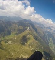 Mi_24: Doch vor dem Abflug zur Sterzing-Querung fanden wir noch schönes Steigen; bevor ich den Ridnaun-Ritt meines Lebens hatte: Bockig ist da noch untertrieben, aber das Schirmei machte alle Verbiegungen brav aufgespannt mit! :-)