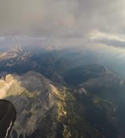 Mi_29: Blick von der Basis auf über 4000m auf den zu Fuße liegenden Falzarego-Pass