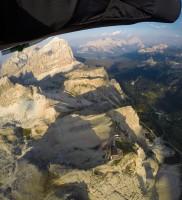 Di_31: …bis ich wieder auf 3500m hochgekrochen war und zum Falzarego flog – diesmal wirklich ganz bis zur Bergstation :-)