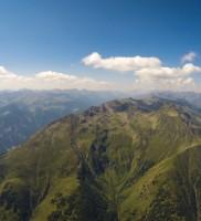 Di_8: Des Streckenfliegers liebster Anblick: Wolkenstraße über dem Defreggen-Tal; das ganze garniert mit einem 10er Rückenwind *g*